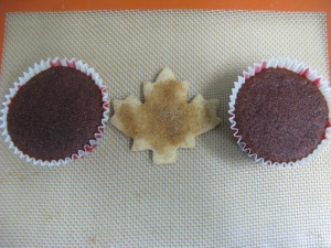 The Canadian Flag - a study in cupcake and cookie. Photo by Kimberley (c)2013.