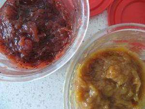 Strawberry kiwifruit jam & Peach Rhubarb Ginger Jam Photo by Kimberley (c)2014